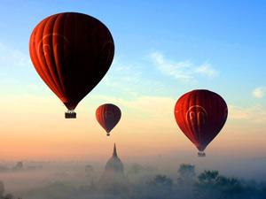 Tempel von Bagan: Heißluftballons