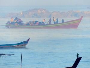 Boote auf dem Golf von Bengalen