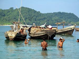 Myanmar individuell - Fischer am Ngapali Beach
