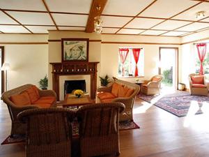 Gemütlicher Salon in Kalaw