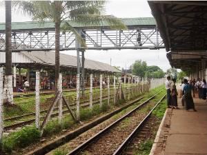 Bahnhof bei Bago