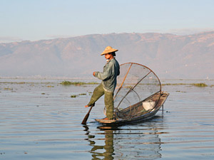 Rundreise Myanmar: Einbeinruderer auf dem Inle-See