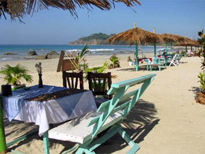 Essen auf Ngapali Beach
