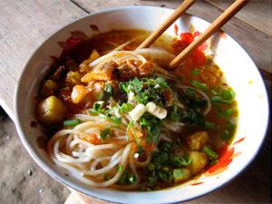Hsipaw: Shan Nudeln erfreuen sich großer Beliebtheit