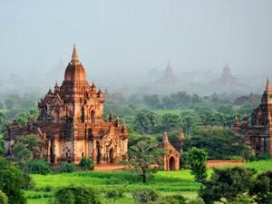 Yangon nach Bagan: Tempel von Bagan