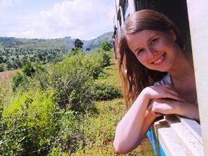 Myanmar Spezialistin Alena Levina