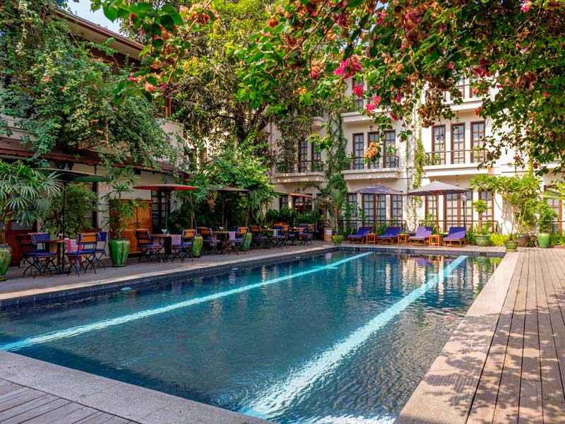 Hotelpool in Yangon