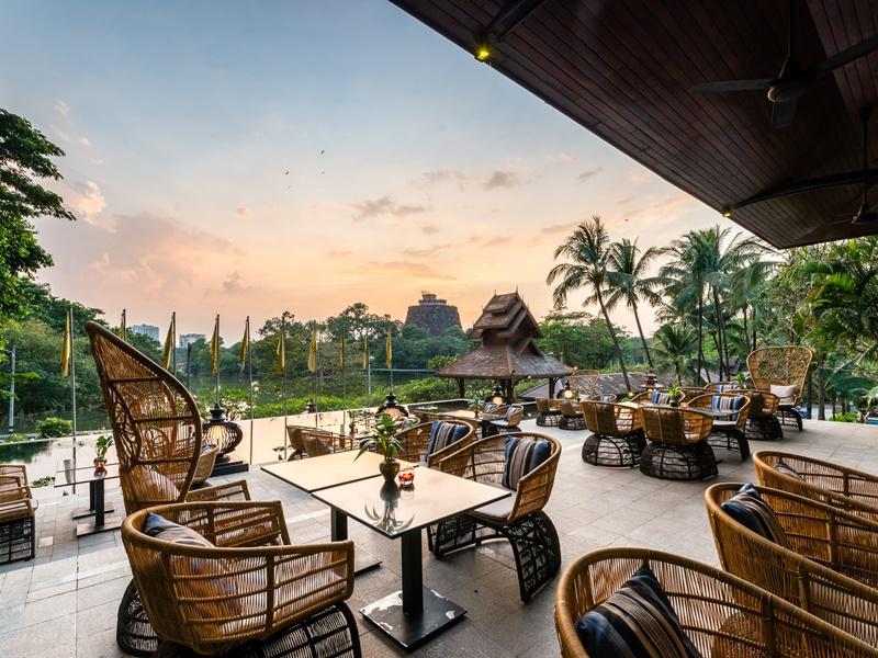 Yangon Komforthotel Terrasse