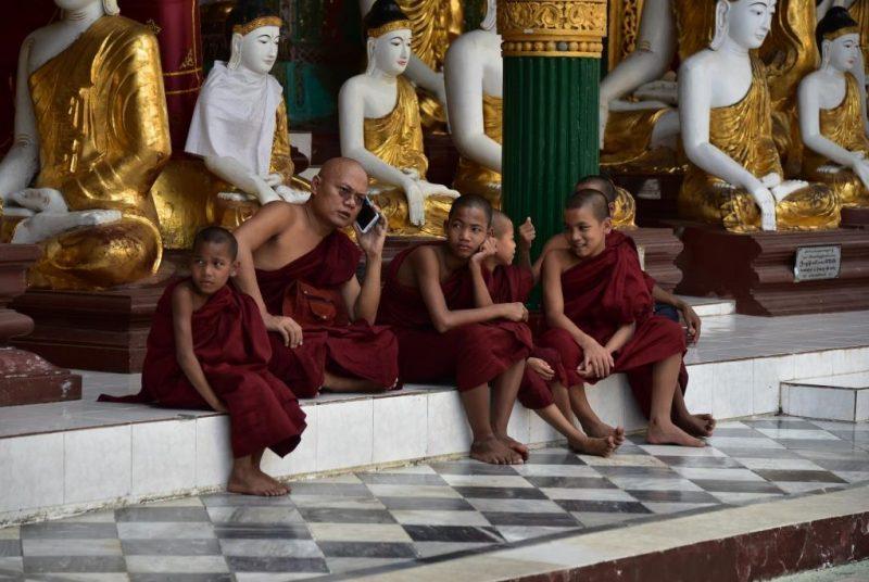 Buddhistische Mönche
