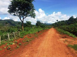 Dorf in Loikaw bei den Langhalsfrauen