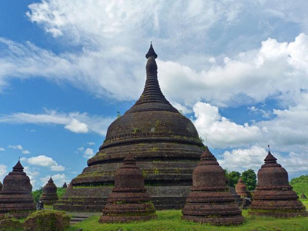Glockenförmiger Tempel in Mrauk U