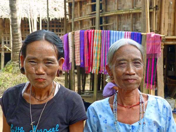 tättowierte Chin Frauen