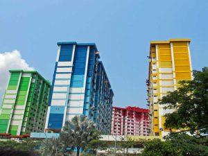 Bunte Hochhäuser in Singapur