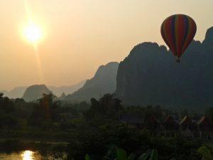 Sonnenaufgang in Vang Vieng