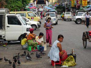 Myanmar mit Kindern: Ralley durch Yangon