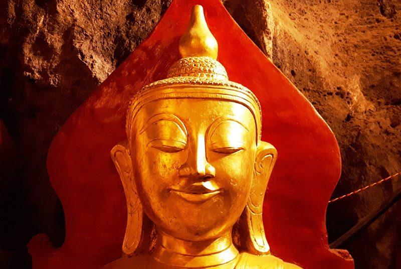 Myanmar Reise zusammenstellen_Buddhafigur in der Pindaya Höhle