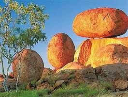 rondreis australië - Devils Marbles