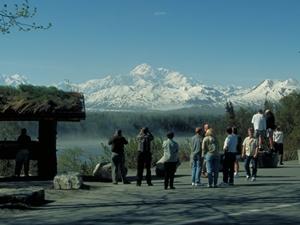 """Erster Ausblick auf """"den Großen"""" Copyright: State of Alaska -Frank Flavin Anchorage"""