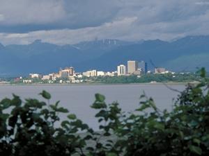Alaska-Rundreise-Blick auf Anchorage © State of Alaska/Frank Flavin
