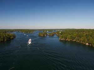 Lake Ontario Thousand Islands - Ontario Tourism