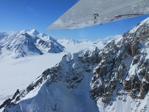 Flugzeug Berge