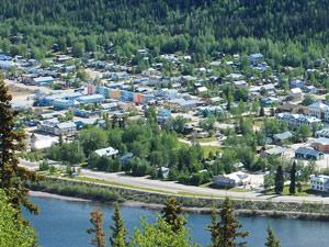 Bunte Häsuer von Dawson City