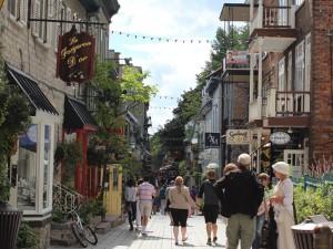 Spaziergang durch Unterstadt in Quebec