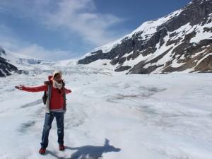 kanada-schnee-gletscherwanderung-janny