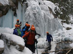 Eiswanderung im Maligne Canyon bei Kanada Winterurlaub