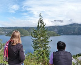Wanderung um die Laguna Cuicocha bei Otavalo