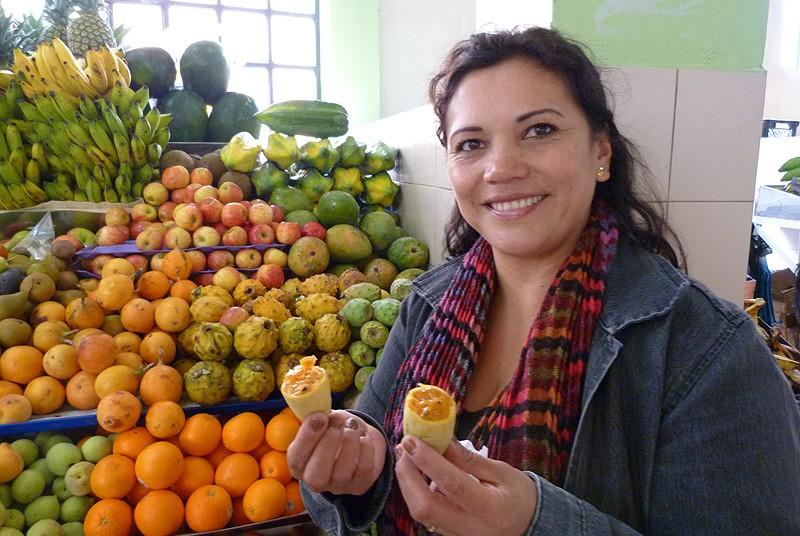 Besuch eines lokalen Marktes während Ihrer Stadtführung in Quito