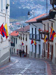 Calle de la Ronda in der Altstadt Quitos