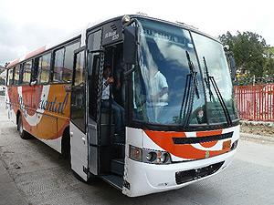Öffentlicher Bus in Ecuador