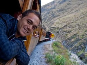 Mit dem Zug auf dem Weg zur Teufelsnase