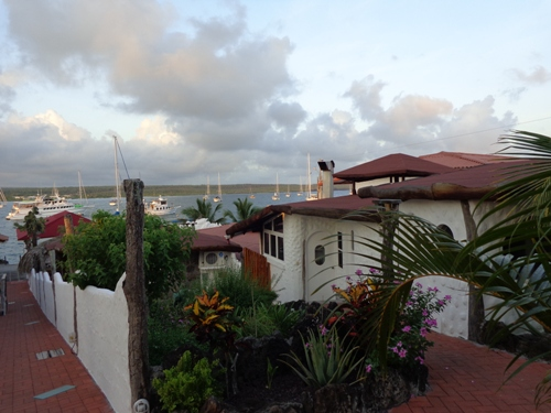 galapagos-rundreise-hotel-aussicht