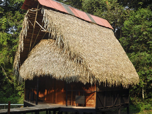 Dschungelhütte für vier Personen