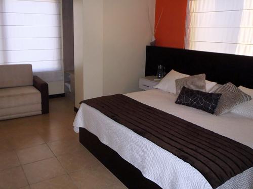Doppelzimmer und Sofa in einem Zimmer auf Galapagos
