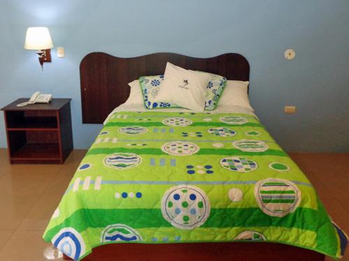 Doppelbett auf der Hauptinsel Santa Cruz