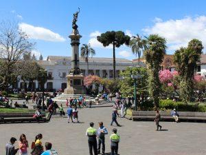 Plaza Grande in Quito mit Sicherheitspersonal