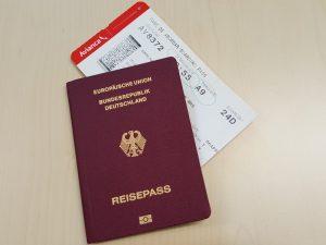 reisepass und bording pass