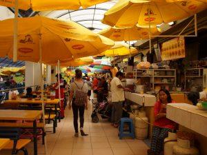 Markthalle in Cuenca Ecuador