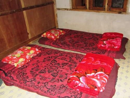 homestay trekking bed