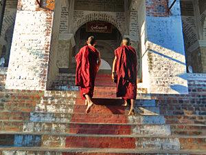 Myanmar Mandalay - Mandalay Hill beklimmen