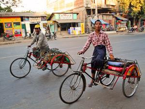 Myanmar vervoer trishaw