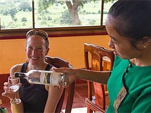 wijnproeven myanmar excursie