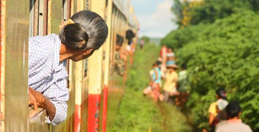 Myanmar rondreis trein