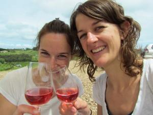 Mit regionalem Wein anstoßen