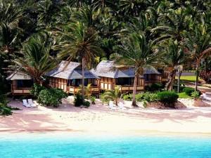 rarotonga-cooks-bungalow-beachfront-aussen-strand