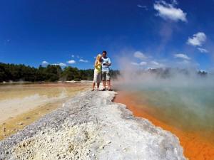 Am Champagne Pool in Rotorua