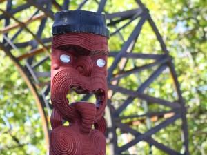 rotorua-maori-carvings